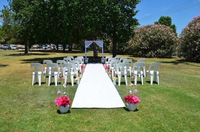 Advice for downsizing a wedding