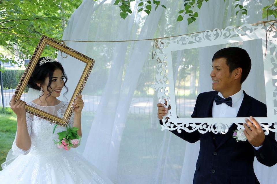 Wedding photo booth ideas